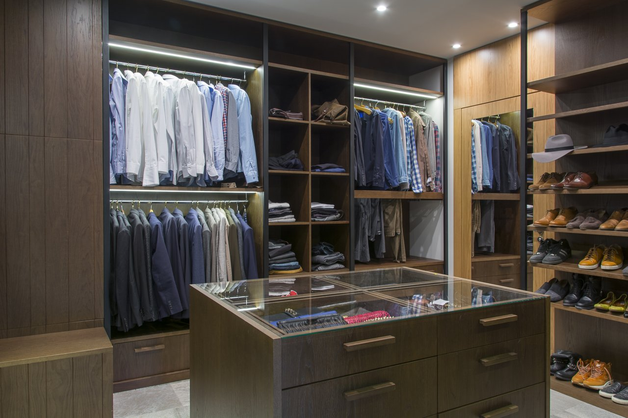 Garderoba 1